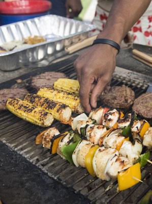 Planen Sie ein echtes Barbecue in Ihren Kurzurlaub ein.