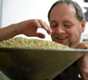 Peter Steininger beschäftigt sich seit seinem 15. Lebensjahr mit Kaffee.